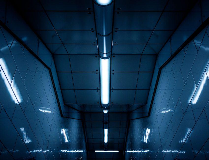 cool-lights-train-london